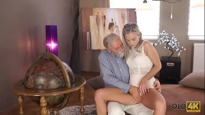 Image OLD4K. Shanie Ryan finally tries dick of her Geography teacher