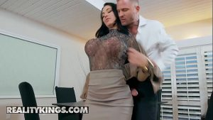 Image RK Prime – (Brooke Beretta, Scott Nails) – Working For Cummission – Reality Kings